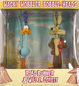 FUNKO WACKY WOBBLER BOBBLE-HEADS ROAD RUNNER & WILE E. COYOTE 2PACK 国内版サービス特価
