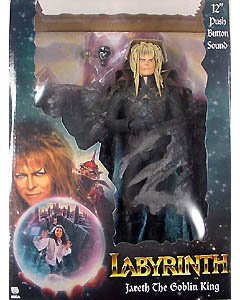 NECA CULT CLASSICS PRESENTS LABYRINTH JARETH THE GOBLIN KING 12インチフィギュア with サウンド
