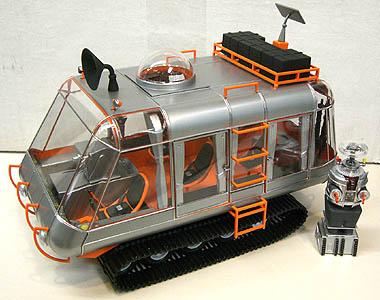 完成品 メビウスモデル 1/24スケール 宇宙家族ロビンソン シャリオット 探検車 組み立て式プラモデル