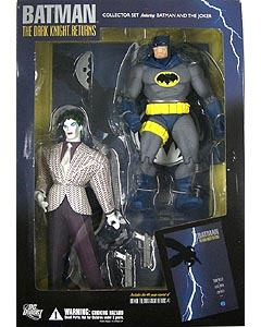 DC DIRECT BATMAN THE DARK KNIGHT RETURNS COLLECTOR SET BATMAN & THE JOKER