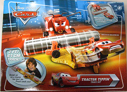 MATTEL CARS 2010 TRACTOR TIPPIN' TRACK SET
