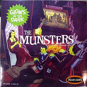 POLAR LIGHTS 1/16スケール THE MUNSTERS LIVING ROOM GLOWS IN THE DARK 組み立て式プラモデル