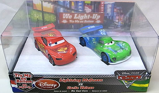 CARS2 USAディズニーストア限定 LIGHTNING McQUEEN VS CARLA VELOSO DIE CAST SET