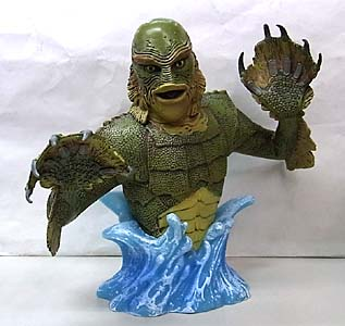 DIAMOND SELECT UNIVERSAL MONSTERS BUST BANK THE CREATURE FROM THE BLACK LAGOON
