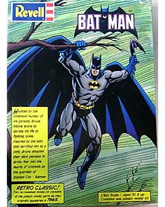 REVELL 1/8スケール BATMAN 組み立て式プラモデル