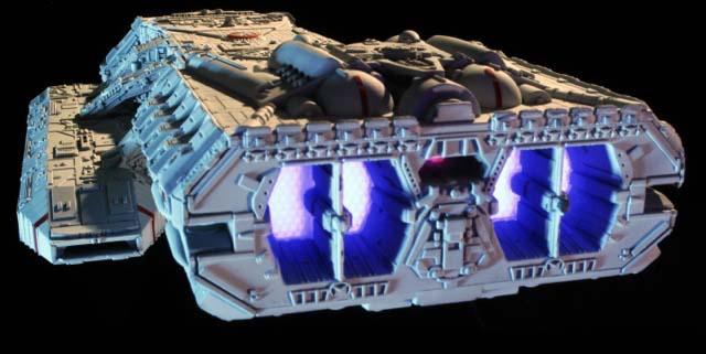 メビウスモデル 1/4105スケール 旧作:宇宙空母ギャラクティカ ギャラクティカ号 組み立て式プラモデル パッケージ傷み特価