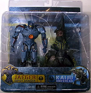 NECA PACIFIC RIM DX 7インチアクションフィギュア 2PACK GIPSY DANGER VS KNIFEHEAD