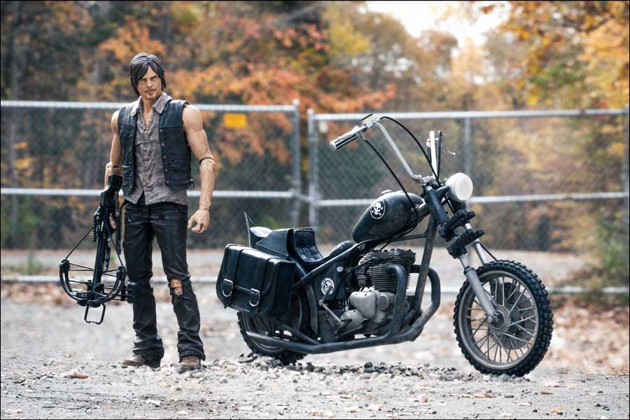 McFARLANE TOYS THE WALKING DEAD TV 5インチアクションフィギュア SERIES 5 DARYL DIXON & CHOPPER BOX SET