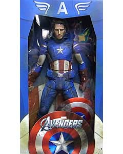 NECA 映画版 THE AVENGERS 1/4スケール CAPTAIN AMERICA [UNMASKED & BATTLE DAMAGED]
