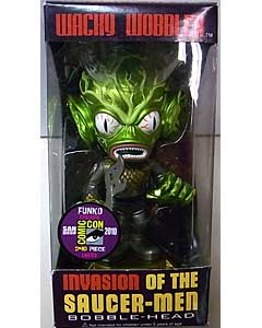 2010年 サンディエゴ・コミコン限定 FUNKO WACKY WOBBLER INVASION OF THE SAUCER-MEN SAUCER-MAN BOBBLE HEAD