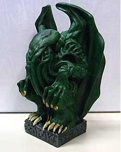 DIAMOND SELECT H.P.LOVECRAFT CTHULHU IDOL VINYL FIGURAL BANK