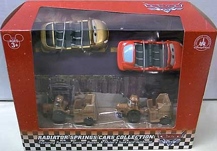 CARS 2015 USAディズニーテーマパーク限定 CARS LAND RADIATOR SPRINGS CARS COLLECTION 4PACK
