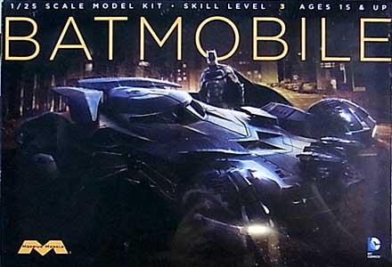 メビウスモデル 1/25スケール バットマン VS スーパーマン ジャスティスの誕生 バットモービル 組み立て式プラモデル