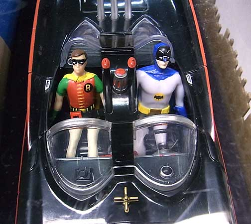 その他・海外メーカー BATMAN CLASSIC TV SERIES BATMOBILE WITH BENDABLE FIGURES