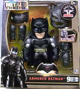 JADA TOYS BATMAN V SUPERMAN: DAWN OF JUSTICE METALS DIE CAST 6インチフィギュア ARMORED BATMAN