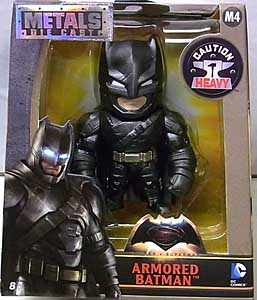 JADA TOYS METALS DIE CAST 4インチフィギュア BATMAN V SUPERMAN: DAWN OF JUSTICE ARMORED BATMAN