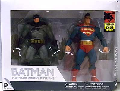 DC COLLECTIBLES BATMAN THE DARK KNIGHT RETURNS BATMAN & SUPERMAN 2PACK