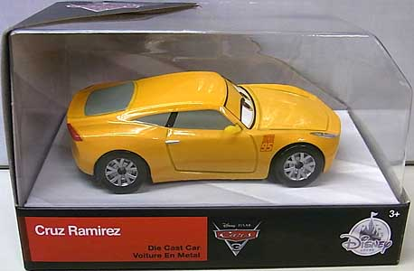 CARS 3 USAディズニーストア限定 ダイキャストミニカー CRUZ RAMIREZ