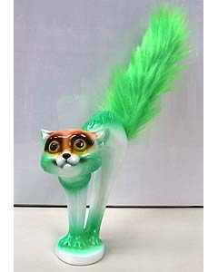 MAD SCULPTURES SCARED CAT [GREEN]