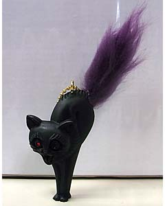 MAD SCULPTURES KITTEN KEY CHAIN [PURPLE]