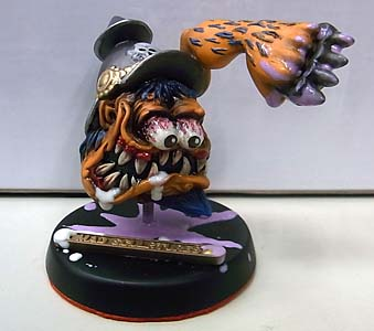 MAD SCULPTURES MONSTER MINI STATUE [ORANGE]