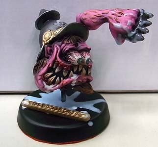 MAD SCULPTURES MONSTER MINI STATUE [PINK]