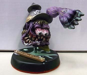 MAD SCULPTURES MONSTER MINI STATUE [PURPLE]