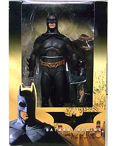 NECA BATMAN BEGINS 7インチアクションフィギュア BATMAN [CHRISTIAN BALE]