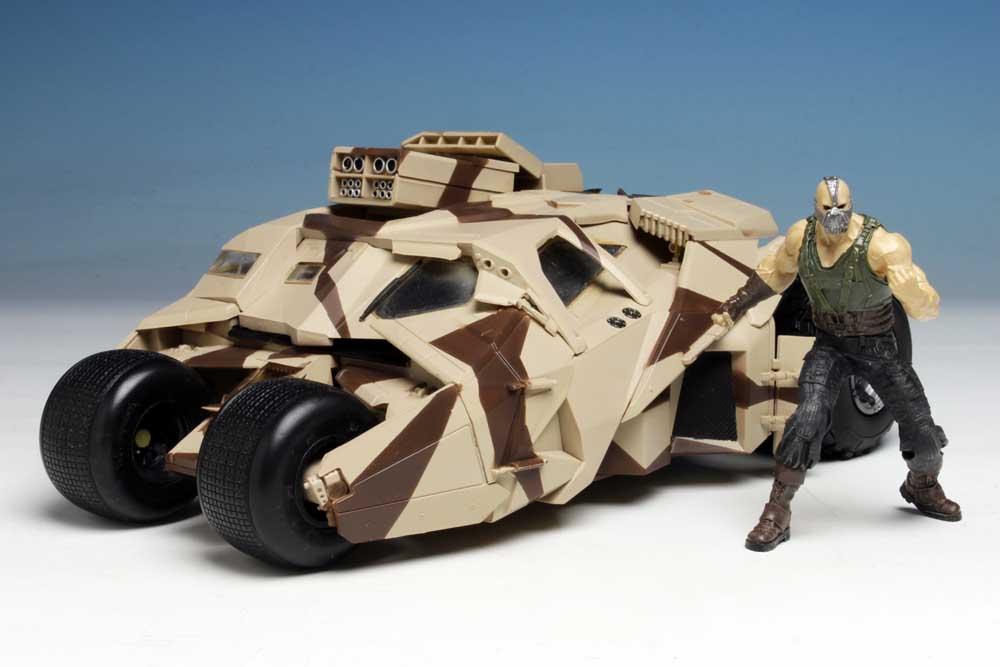 メビウスモデル 1/25スケール バットマン ダークナイト トリロジー 武装タンブラー&ベイン 組み立て式プラモデル パッケージ傷み特価