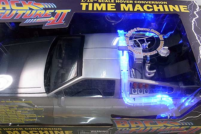 DIAMOND SELECT BACK TO THE FUTURE PART II 1/15スケール HOVER CONVERSION TIME MACHINE