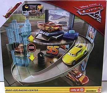MATTEL CARS 3 PLAYSET RUST-EZE RACING CENTER