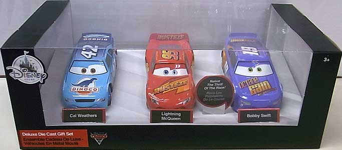 CARS 3 USAディズニーストア限定 ダイキャストミニカー 3PACK [CAL WEATHERS & LIGHTNING McQUEEN & BOBBY SWIFT]
