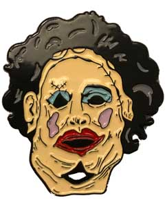 TRICK OR TREAT STUDIOS ENAMEL PIN THE TEXAS CHAINSAW MASSACRE LEATHERFACE [PRETTY WOMAN]