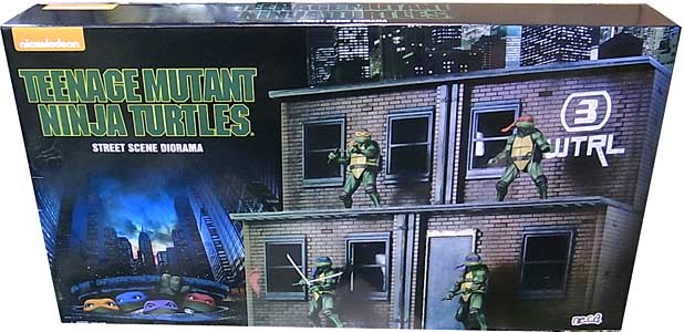 2018年 サンディエゴ・コミコン限定 NECA TEENAGE MUTANT NINJA TURTLES [1990 MOVIE] STREET SCENE DIORAMA