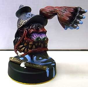 MAD SCULPTURES MONSTER MINI STATUE [RED]