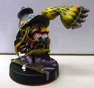 MAD SCULPTURES MONSTER MINI STATUE [YELLOW]