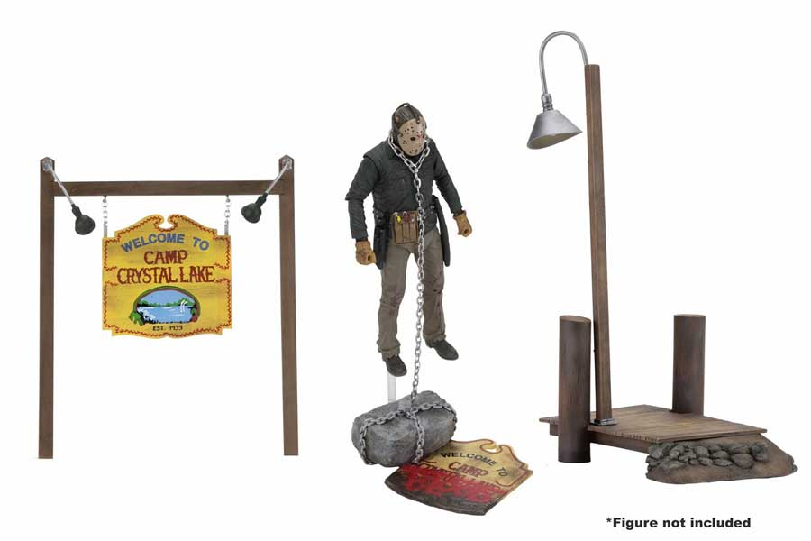 NECA FRIDAY THE 13TH 7インチアクションフィギュア・シリーズ CAMP CRYSTAL LAKE ACCESSORY SET