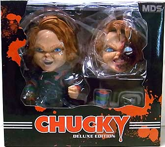 MEZCO DESIGNER SERIES CHILD'S PLAY DELUXE CHUCKY