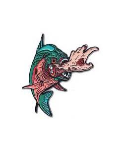 LUNAR CRYPT ENAMEL PIN KILLER FISH [GREEN]
