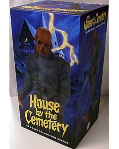 TRICK OR TREAT STUDIOS 12インチスタチュー THE HOUSE BY THE CEMETERY DR. FREUDSTEIN